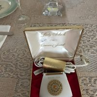 Dining Room crown jewel vintage shaver